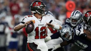 Tom Brady en contra de los Cowboys