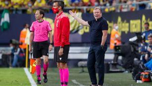 Ronald Koeman en el partido en contra del Cadiz