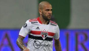 Dani Alves rechazó oferta para jugar con el Fluminense