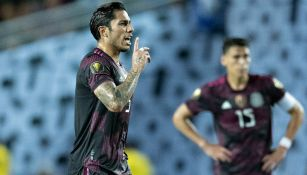 Carlos Salcedo reacciona con la Selección Mexicana en la Copa Oro