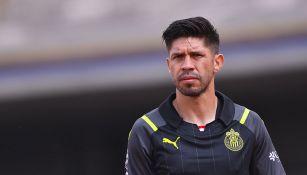 Oribe Peralta en un partido con Chivas