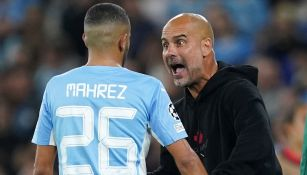 Pep Guardiola reacciona durante partido del City