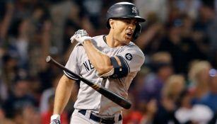 Stanton celebra su home run ante Red Sox