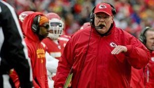 NFL: Andy Reid fue dado de alta del hospital y se unirá al trabajo de los Chiefs