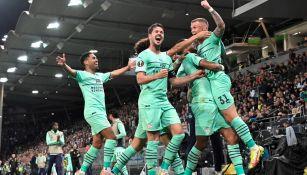 PSV celebra durante partido frente al Sturm Graz en la Europa League