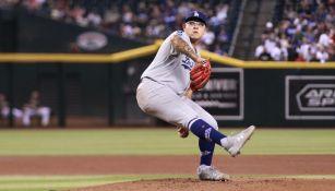 Julio Urías en acción con los Dodgers