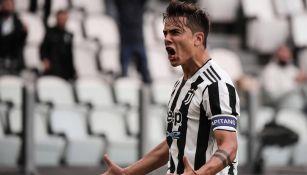 Paulo Dybala festeja un gol con la Juventus