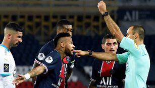 Ligue 1: Árbitros aceptarían usar micrófonos durante juegos