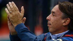 Emilio Azcárraga durante un partido del América