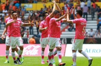 Jugadores de Mineros de Zacatecas celebran su pase a la Final