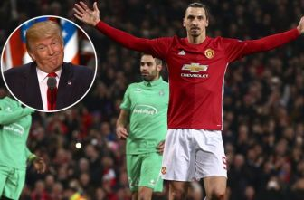 Zlatan festeja una anotación con el Man United