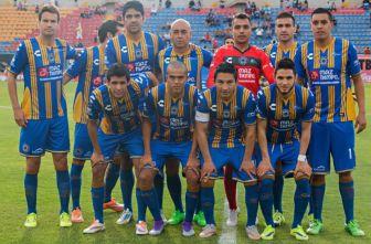 Jugadores de San Luis se toman la foto previa a un partido