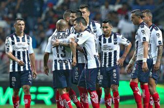 Jugadores de Rayados, durante un juego del Clausura 2017