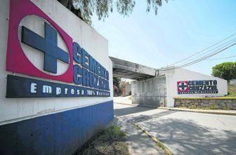 Imagen panorámica de la entrada de la cementera Cruz Azul en Jasso, Hidalgo