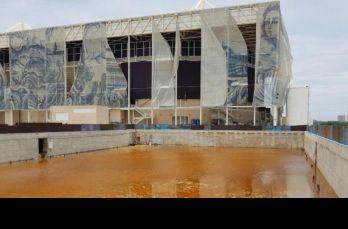 Brasil ha descuidado las instalaciones de los JO; aquí se aprecia el estadio de natación y water polo