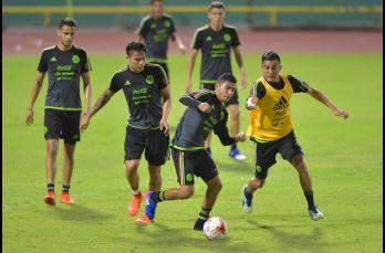 La Selección Mexicana reconoció la cancha del Haseley Crawford Stadium