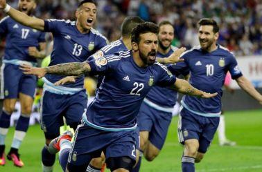 Lavezzi celebra un gol con la selección argentina