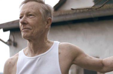 Un fragmento del video dirigido por el cineasta alemán