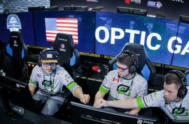 Integrantes de OpTic Gaming celebran triunfo de partida