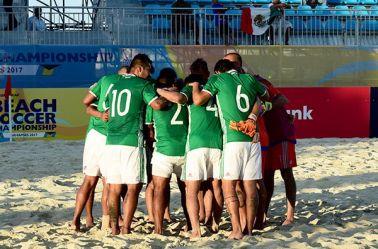 Jugadores de la Selección Mexicana, antes del duelo contra Irán