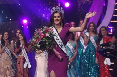 Momento de la premiación de Nuestra Belleza México 2017