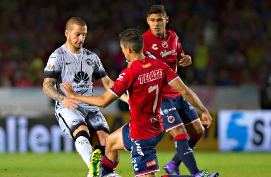Daríó Benedetto durante el partido contra Veracruz