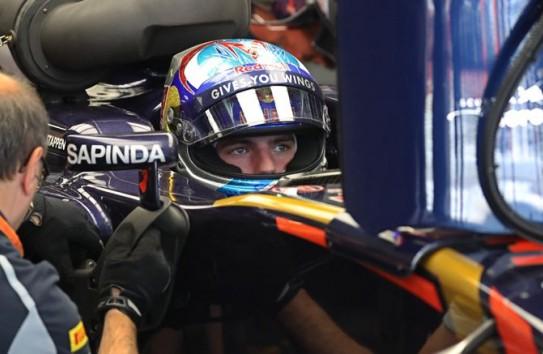 Verstappen, durante los entrenamientos del GP de Rusia