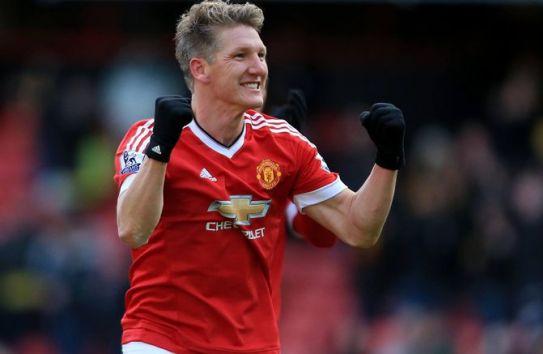 Bastian Schweinsteiger celebra un gol con Manchester United
