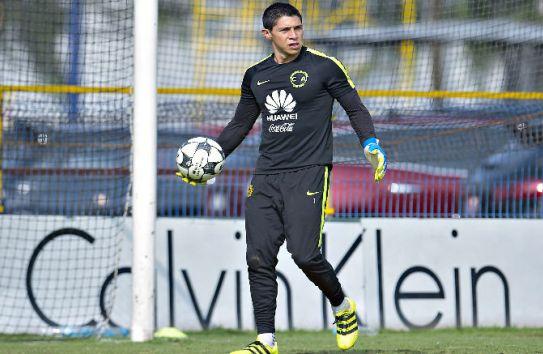 Hugo González en un entrenamiento de América