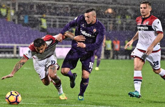 Duelo de la Fiorentina contra Crotone