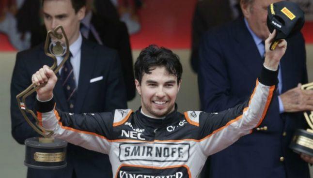Checo Pérez sube al podio tras finalizar en tercer lugar en el GP de Mónaco