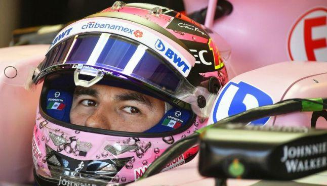 Sergio Pérez en su monoplaza durante la clasificación del GP de Hungría