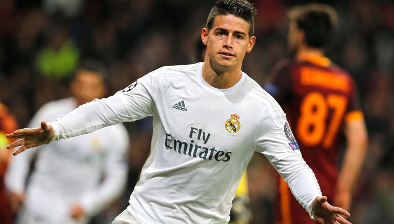James Rodríguez celebra su gol contra la Roma