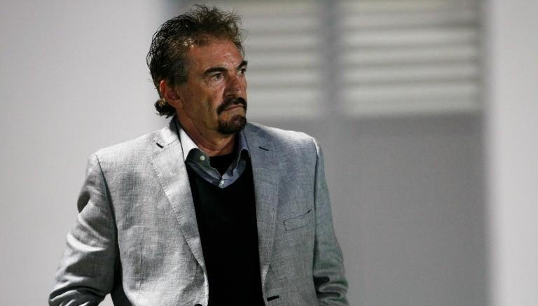 Ricardo La Volpe durante un partido de Jaguares