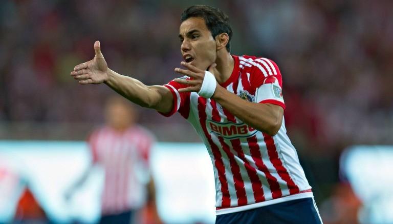 Omar Bravo en el Clásico Nacional