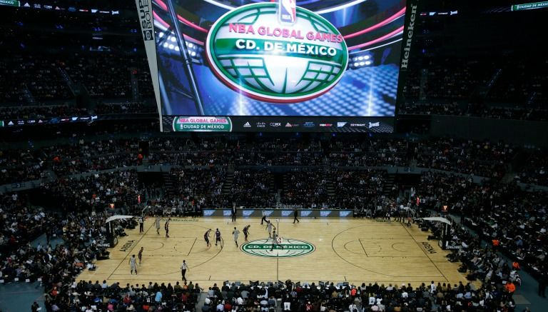 Arena Ciudad de México en el Suns-Spurs