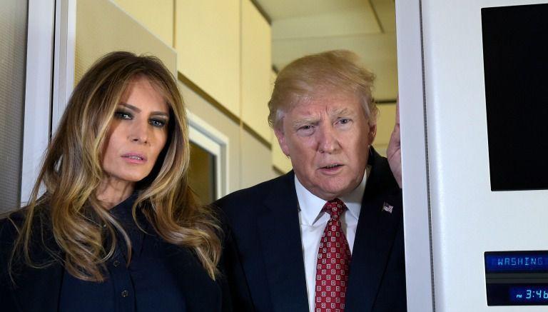 Donald y Melania Trump, durante un vuelo a Palm Beach