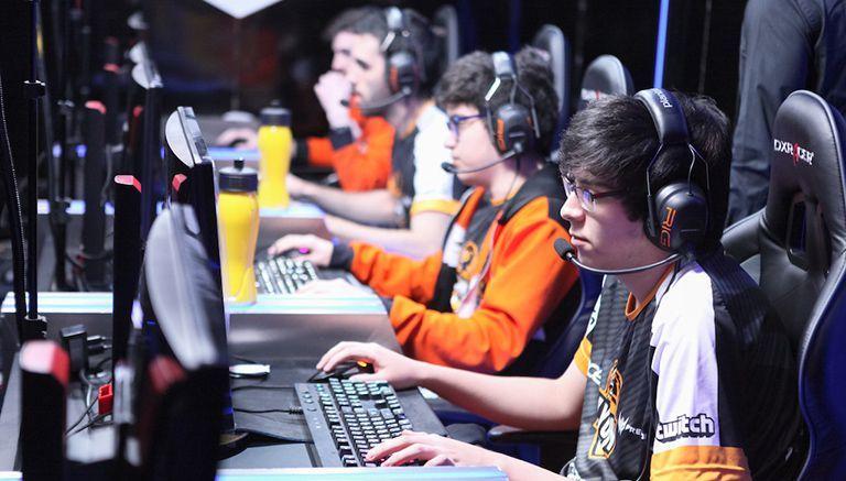 Oddie (al frente), jungla de Lyon, durante la partida contra Gaming Gaming