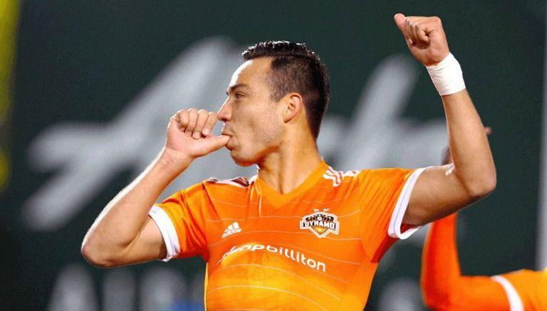 Cubo Torres festeja su gol contra Timbers