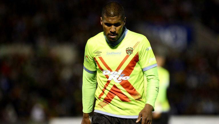 Barbosa se lamenta durante un partido con Juárez