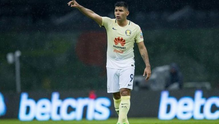 Silvio Romero, en el juego donde América venció a Querétaro
