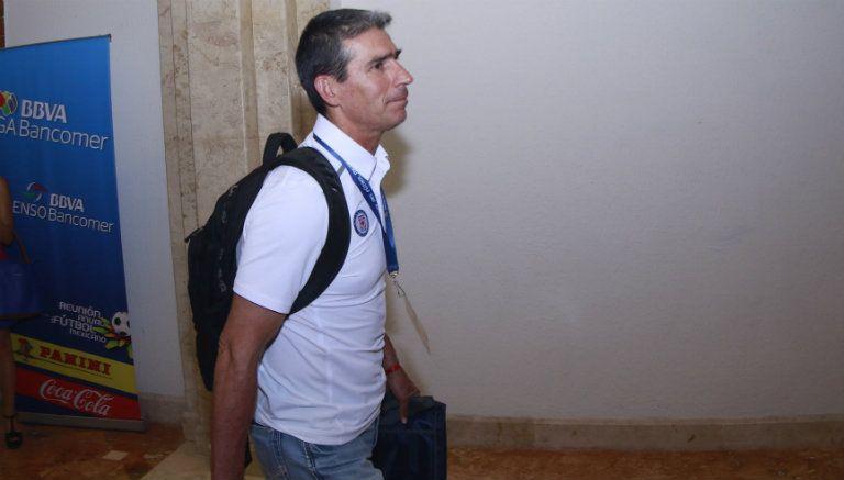 Eduardo de la Torre en su llegada al Draft pasado