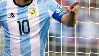 Lionel Messi festeja un tanto en la Copa América