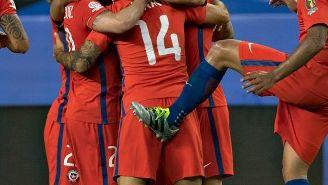 Los jugadores de Chile festejan uno de los 7 goles contra México