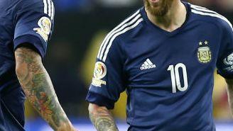 Messi festeja su gol frente a EU