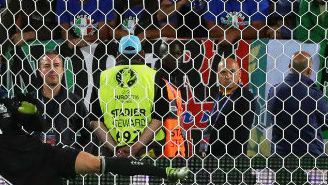 Simone Zaza vuela su penalti contra Alemania en la Euro 2016