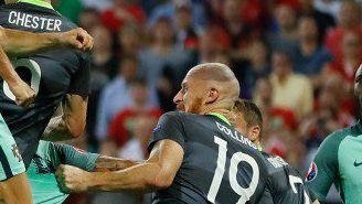 CR7, anotando el primero gol de Portugal frente a Gales