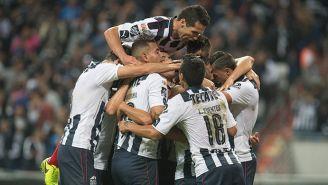 Jugadores del Monterrey festejan con euforia
