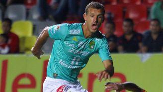 Novaretti corre en un partido de León