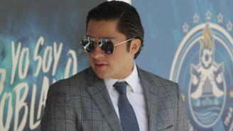 López Domínguez, durante una visita al entrenamiento de Puebla